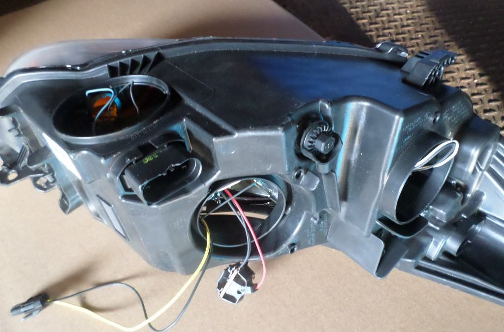Approved headlamp is missing a bunch of pieces?